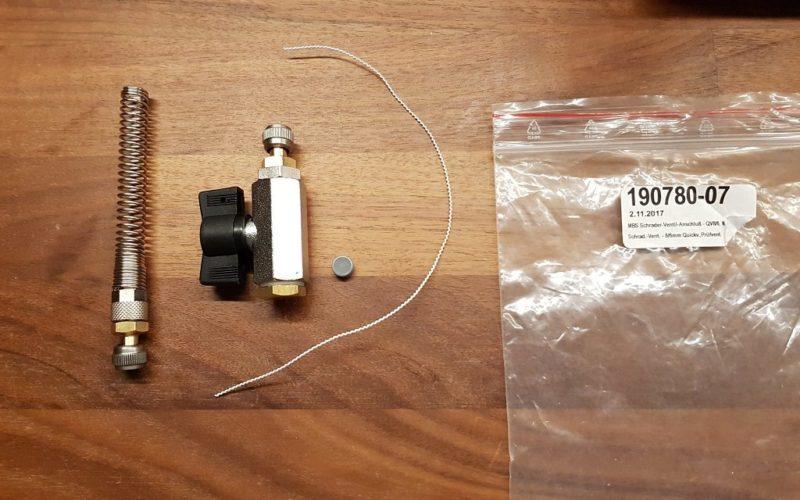 Sett for utstyr for lekkasjevarsling påfyllingsrør SGB